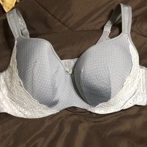 Grey polka dot & lace Cacique bra. Size 44C.